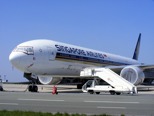 Singapore Airlines, Boeing 777-300ER 9V-SWN, stored @ Paris CDG | by ...