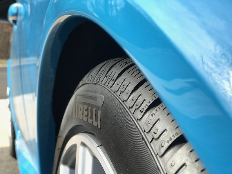 D D E C on 2000 Volvo S70 Tire Size