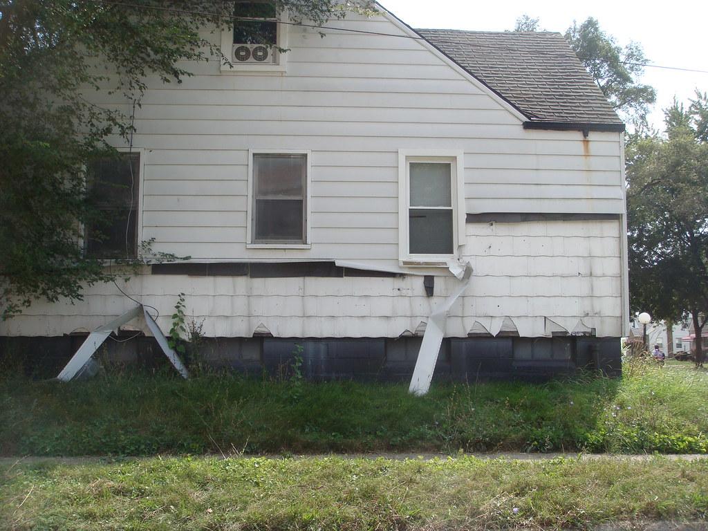 Aluminum Siding Over Asbestos Shingles   House depicts ...