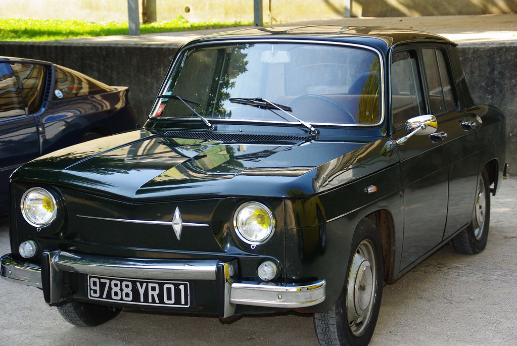 renault 8 major retro car meeting septembre 2009 club a. Black Bedroom Furniture Sets. Home Design Ideas