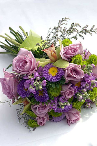 puple wedding flowers