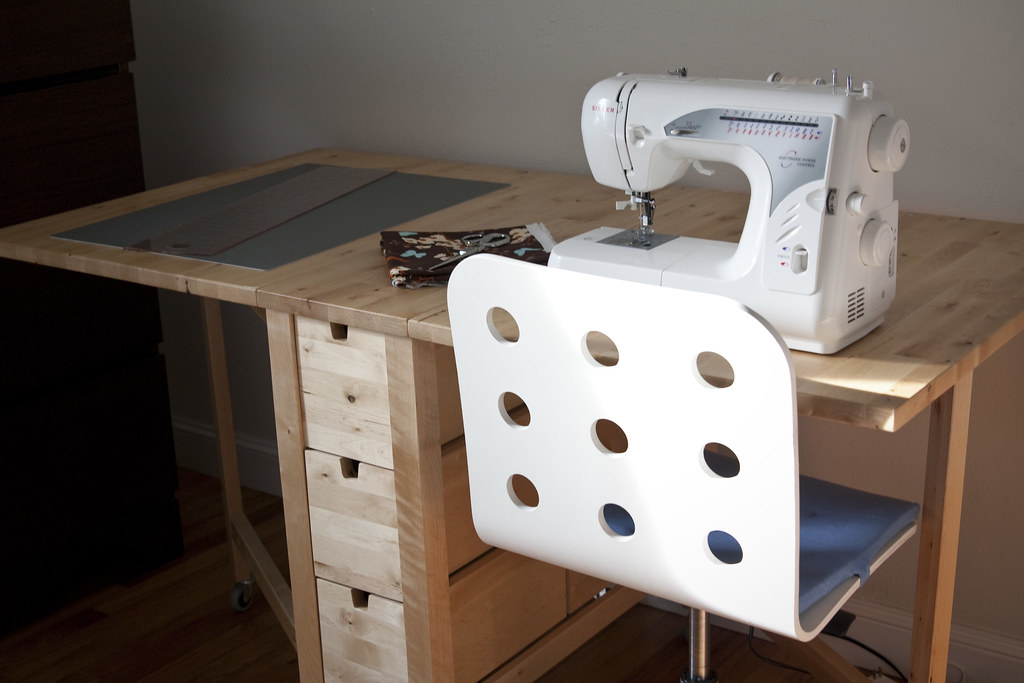 Sewing norden gateleg table from ikea for Table norden ikea
