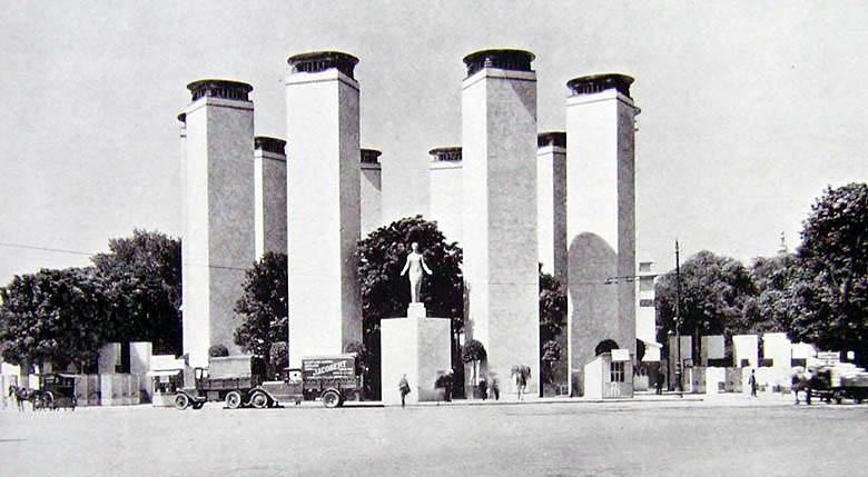 Exposition Arts Decoratifs Paris  Porte Concorde
