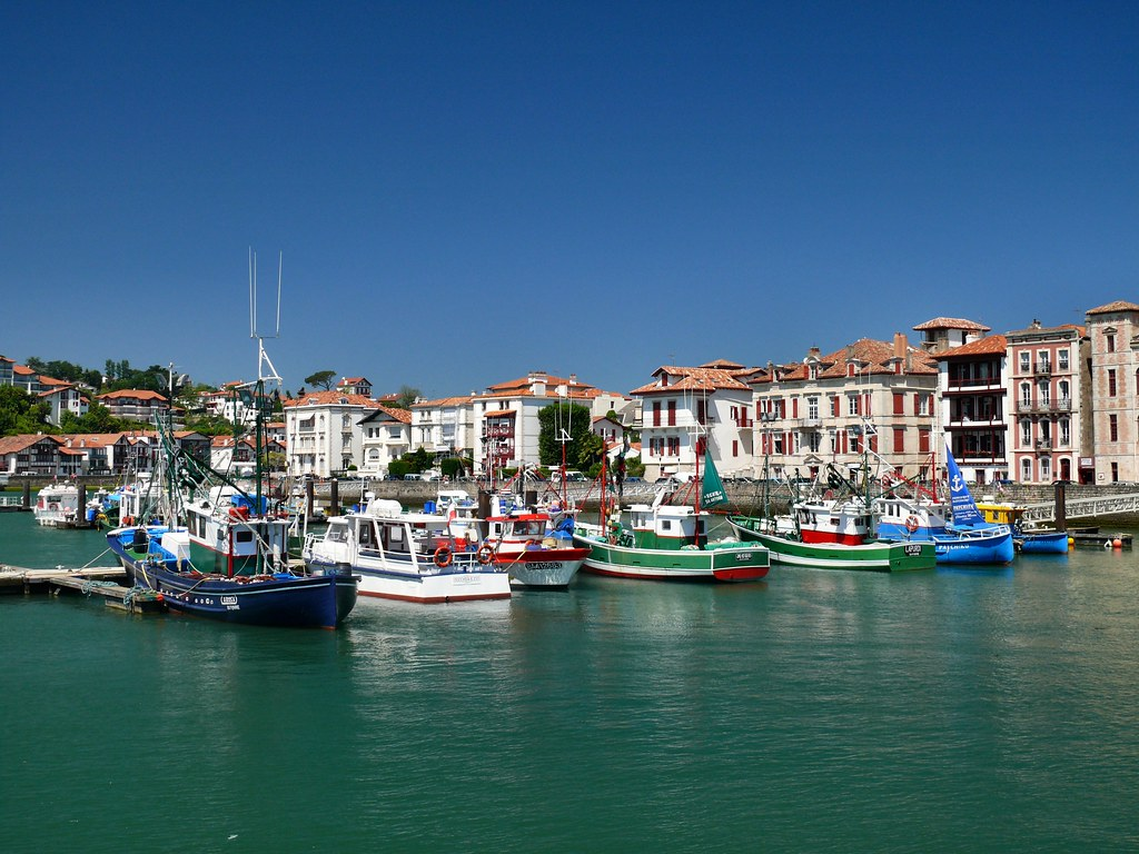 Saint jean de luz le port de saint jean de luz pays basqu flickr - Linge basque st jean de luz ...