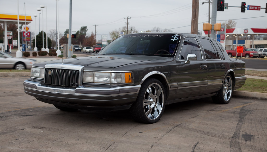 Lincoln Town Car With Big Rims Tor Flickr