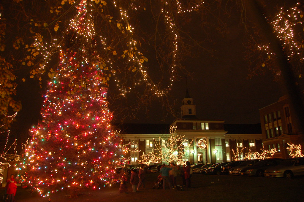 ... Somerville Christmas Tree & Santa Visit 2009 | by Chris Devers - Somerville Christmas Tree & Santa Visit 2009 The City's Ch… Flickr