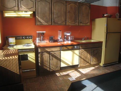 1970s kitchen appliances in harvest gold mark for 70s style kitchen cabinets