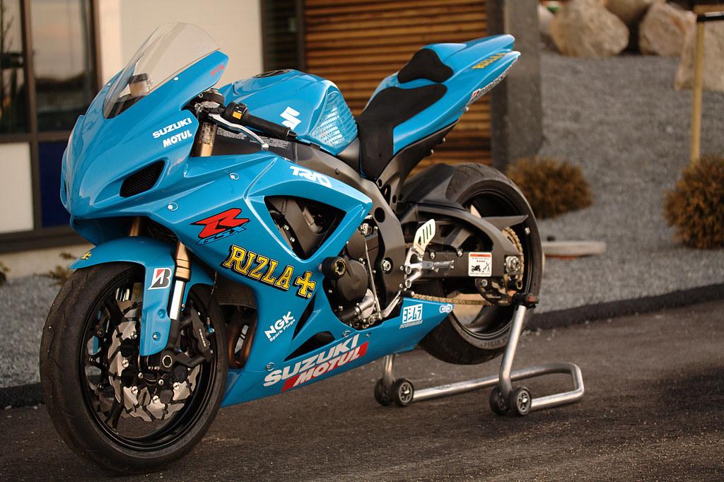 Suzuki Gsxr Back
