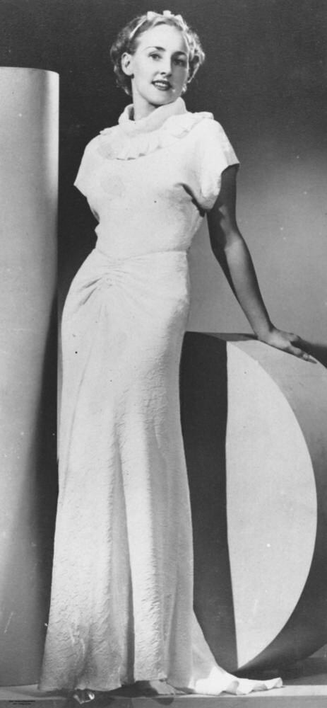 Model Posing In A Glamorous 1930s Evening Gown