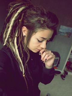sexy-dreadlocks-dreads-girl-7 | by dreadlocks-mützen-shop-dreadmützen-dreadbags-cap