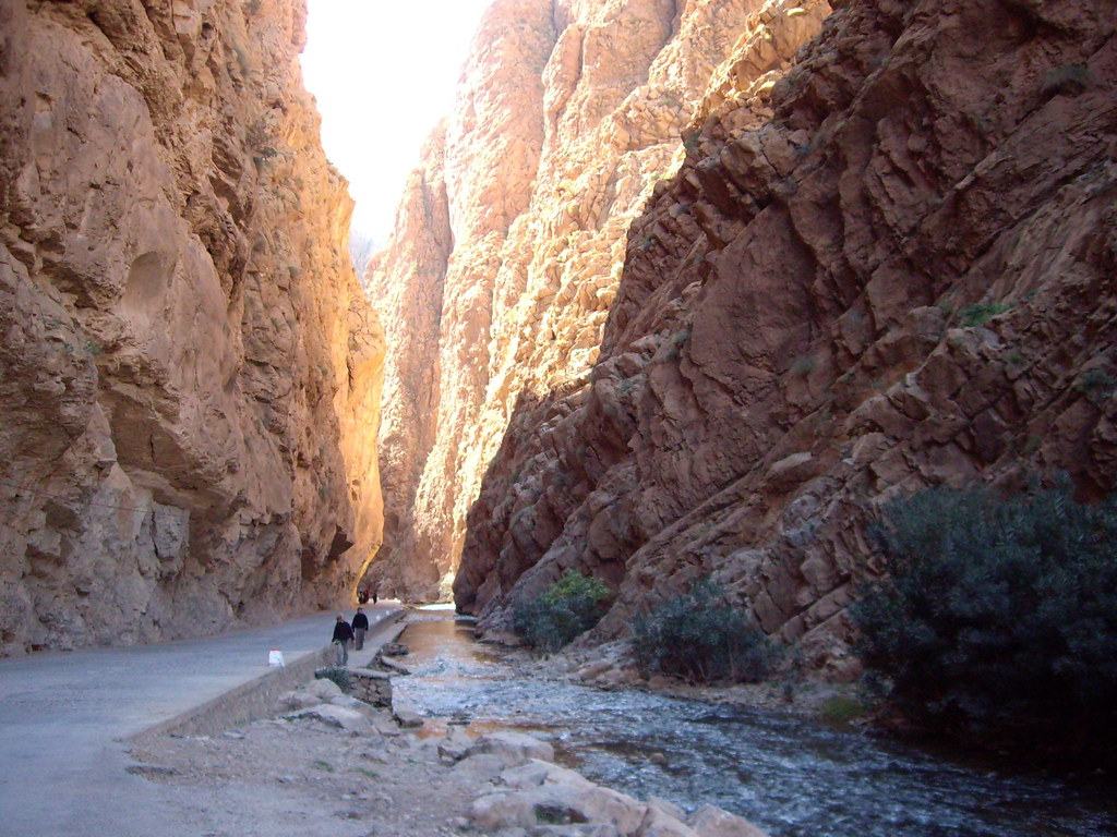 the todra gorge marrakech morocco the road through. Black Bedroom Furniture Sets. Home Design Ideas