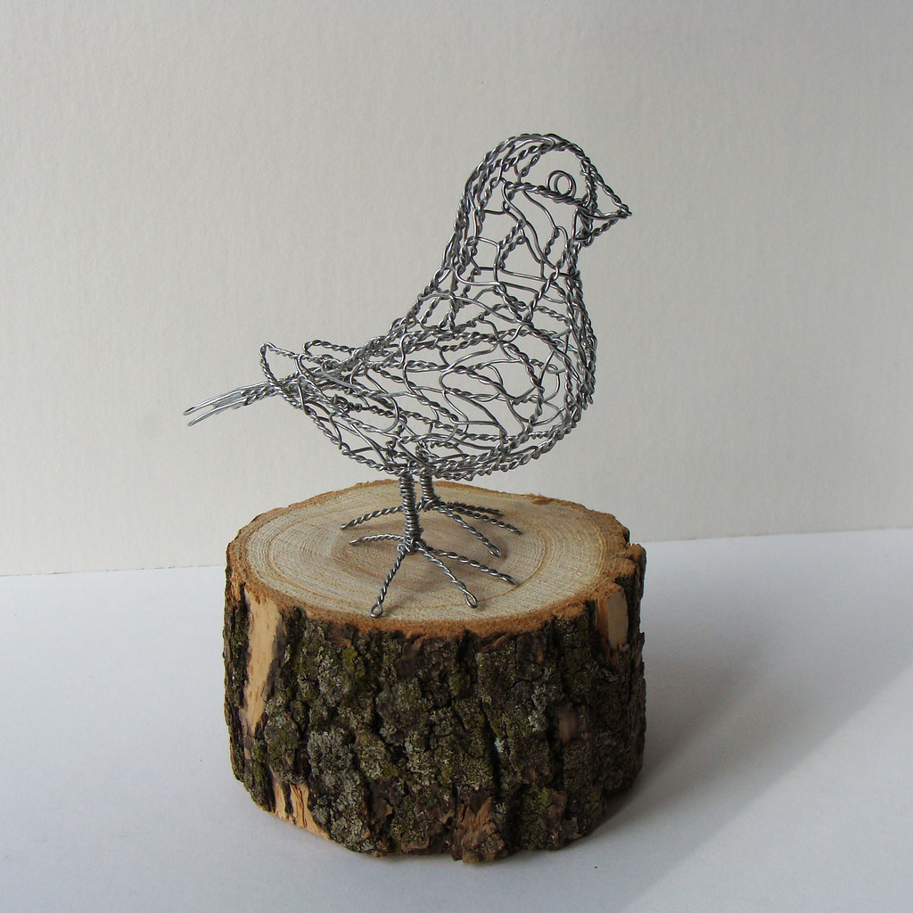 Wire sculpture bird b22 right one of 25 wire birds for How to make a 3d bird sculpture