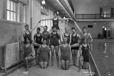 The women 39 s swim team pose by the pool 1928 the 1928 - University of michigan swimming pool ...