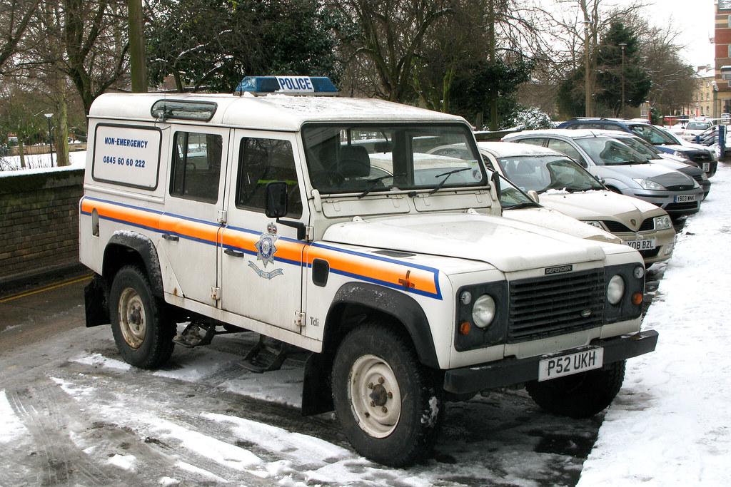Humberside Police P52ukh 09 01 10 Queen S Gardens