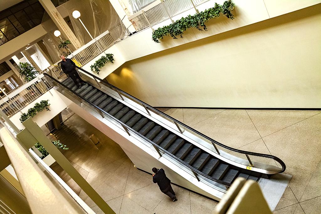 Dying-mall--Buffalo