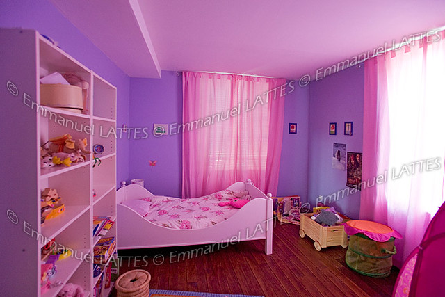 Chambre de petite fille france chambre de petite - Chambre a coucher violet ...