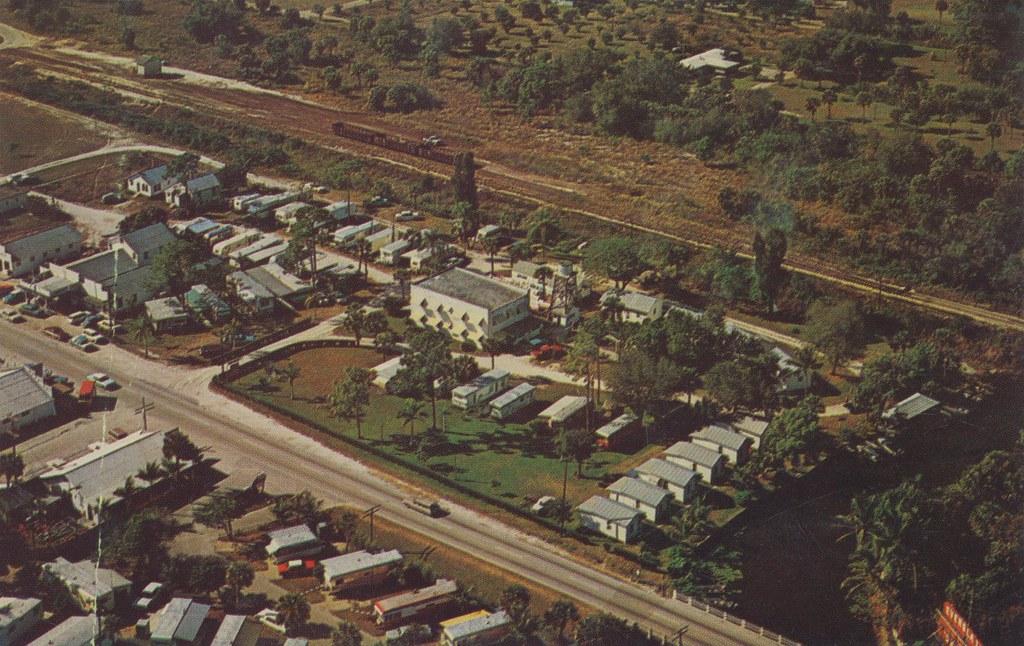Imperial River Court - Bonita Springs, Florida