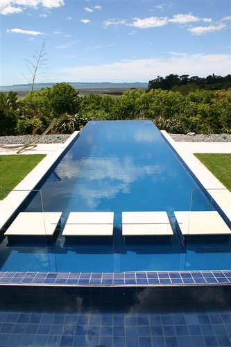 Natural habitats landscapes residential swimming pool desi for Swimming pool design new zealand