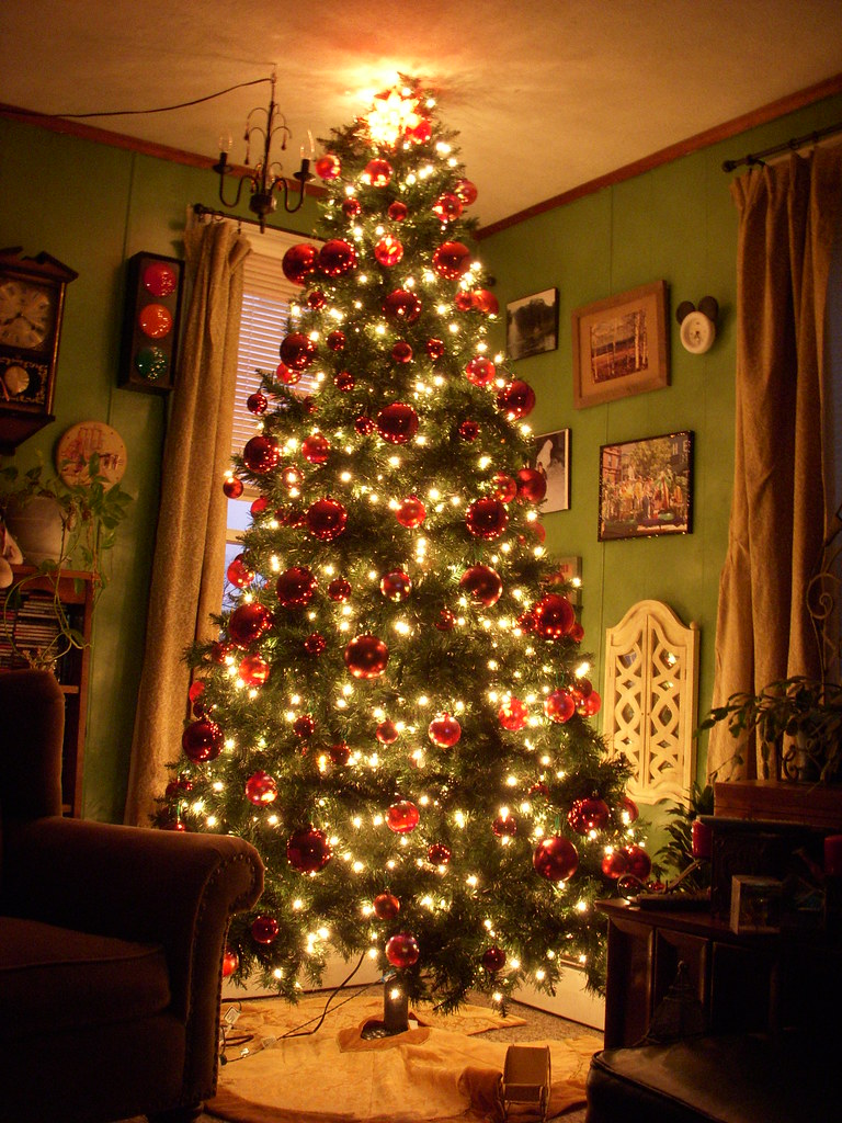 Living Room Christmas Tree With All The Decorations Flickr