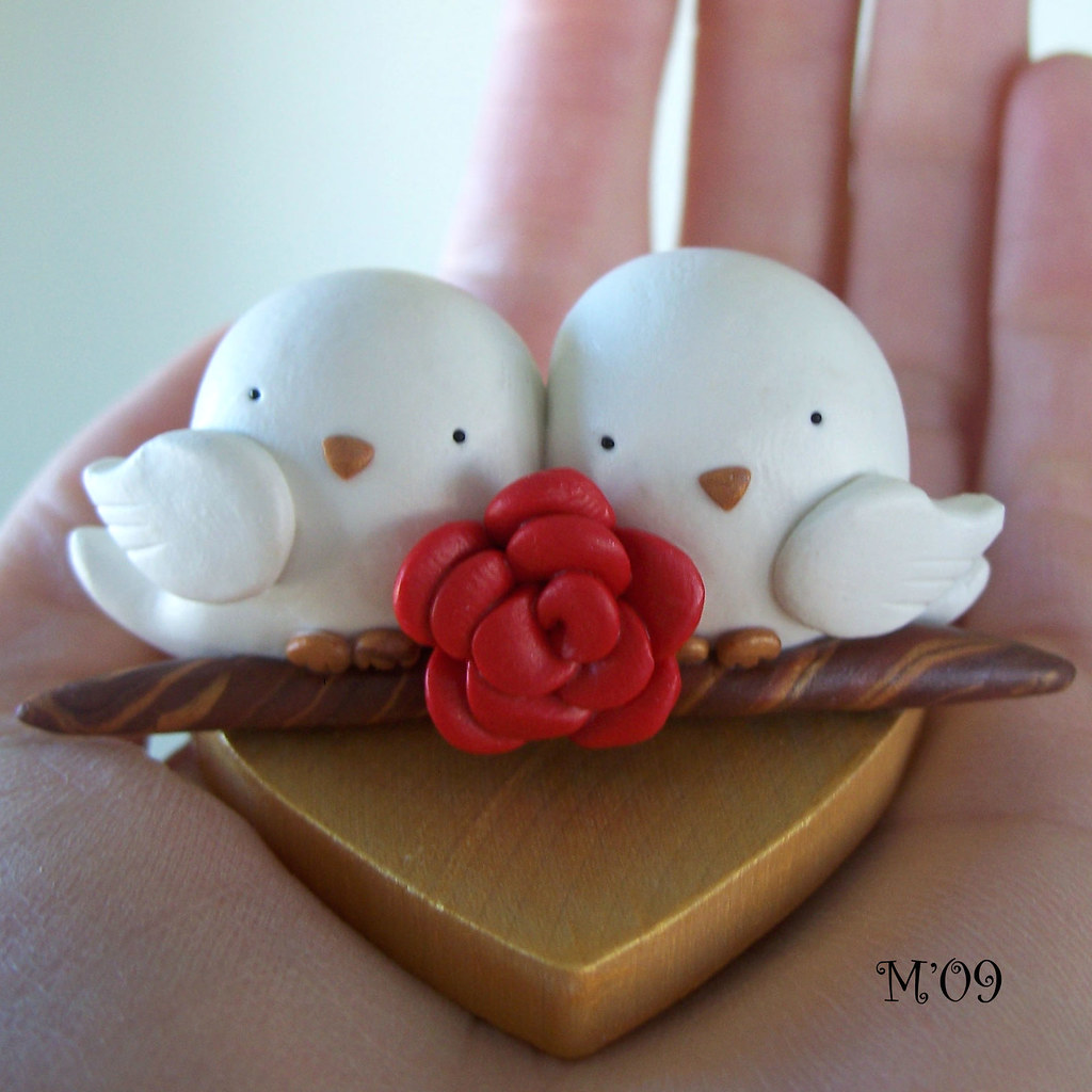 Tweets in Love White Bird with Red Rose Wedding Anniversar ...