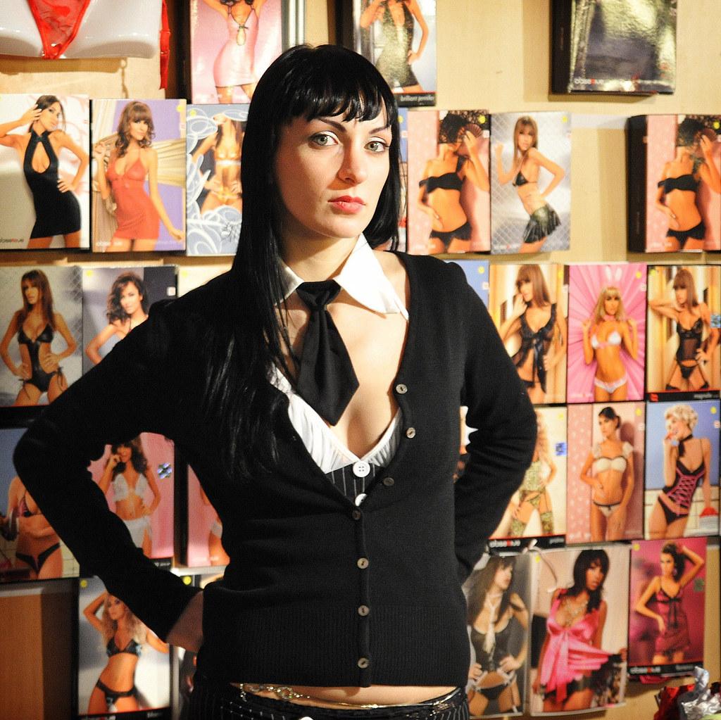 la vendeuse de dessous reportage salon de l 39 erotisme