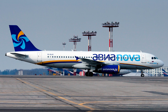 Avianova Airbus A320 EI-ELD
