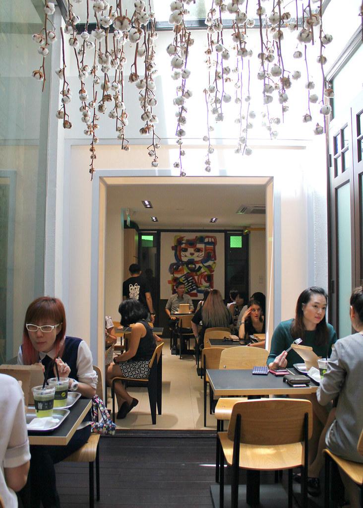 mojo-singapore-interior