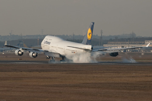 Lufthansa Boeing 747-430 D-ABVC Baden-Württemberg (37906) | by Thomas Becker