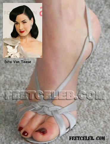 dita-von-teese-feet-5 | feetlover82 | Flickr Dita Von Teese
