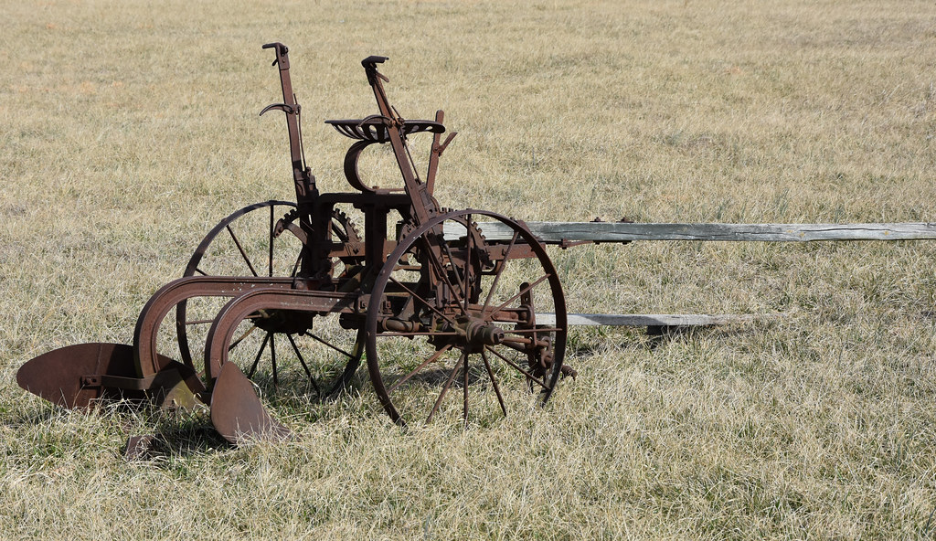 Antique Farm Equipment While Out Taking Photos Today I Met Flickr
