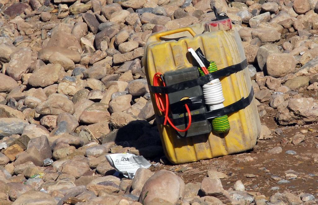 20100104adf8246638_115.JPG   Australian soldiers find an Imp…   Flickr