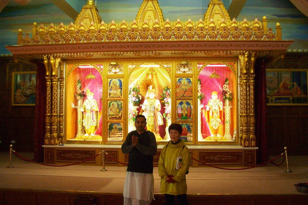 Hindu temple interior   EmBee5   Flickr
