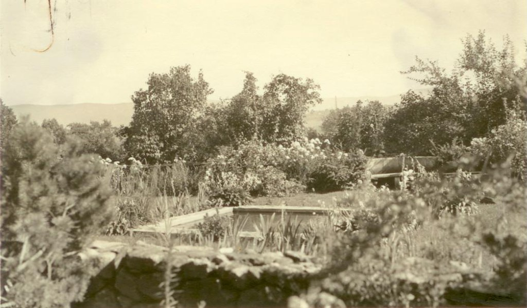 ... 1933   Cricket Hill Garden | By Crossett Library Bennington College