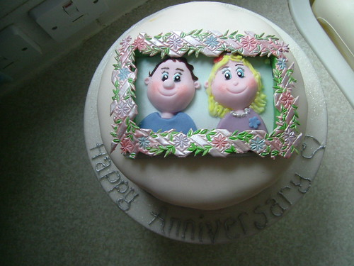 Picture frame cake Lorna McAtear Flickr