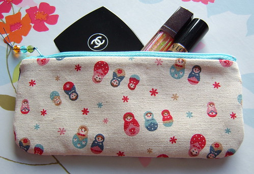 russian doll pouch or pencil case | by www.madebylova.wordpress.com