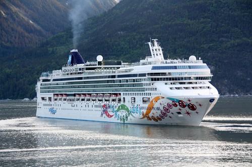 Ncl Norwegian Cruise Line Norwegian Pearl Ncl Norwegian