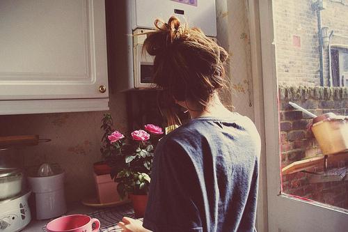домашнее фото девушки с русыми волосами