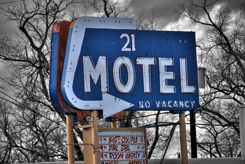 21 Motel | by [~db~] Photography