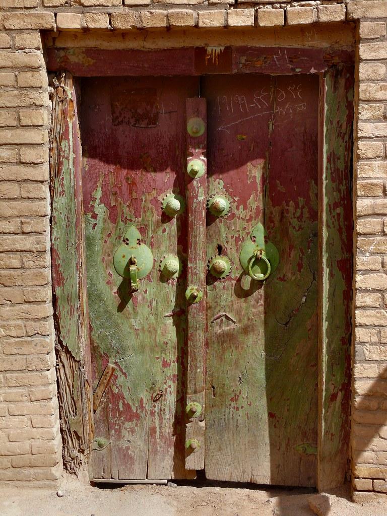 Old Door | Old door of the historical center of Yazd ...