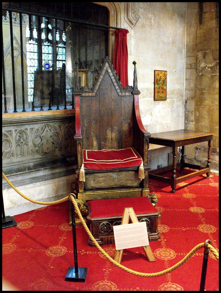 ... Replica of Edward I Coronation Chair @ Lincoln Cathedral | by Blue Sky Pix : coronation chair - Cheerinfomania.Com