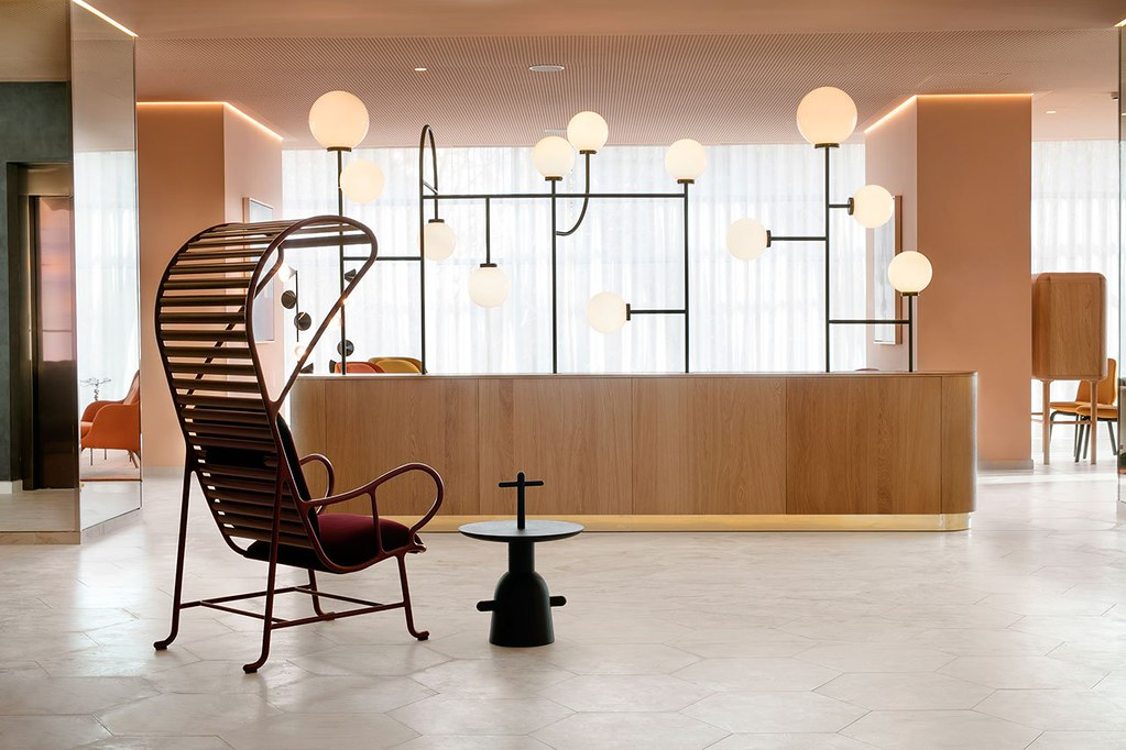 Modern hotel design in Madrid by Spanish designer Jaime Hayon Sundeno_06