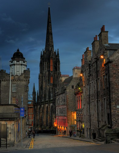 Edinburgh - UK - top of the Royal Mile | by Light&Dark
