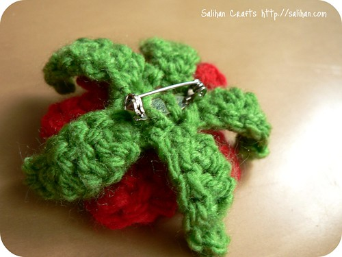 Crochet Flower Pin | by :Salihan