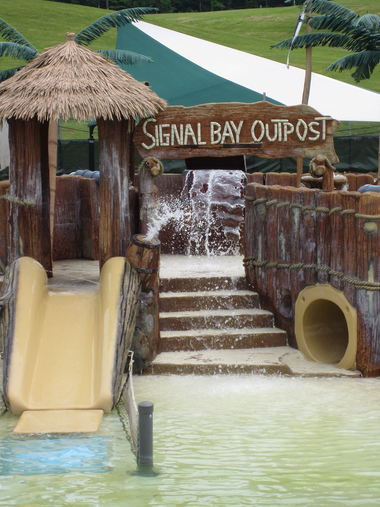 signal bay water park
