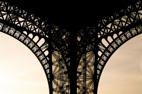 Eiffel string | by marc do