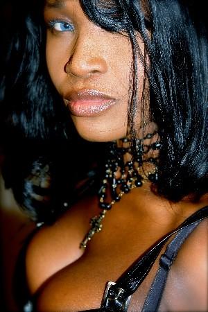 Ebony dominatrix pics