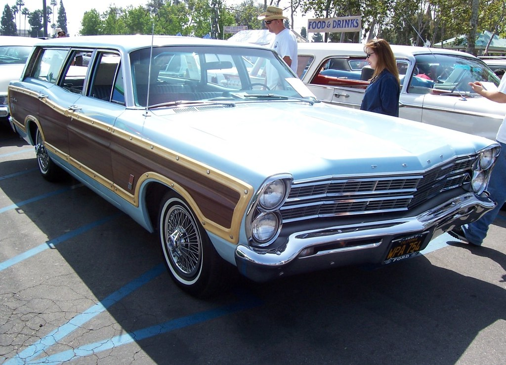 1967 ford country squire wagon knotts ford show 1967. Black Bedroom Furniture Sets. Home Design Ideas
