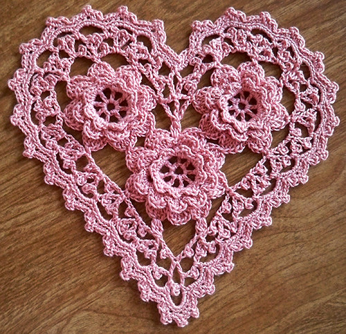 Crochet Heart : Irish Crochet Roses Heart Slight variation of Rose Heart ...