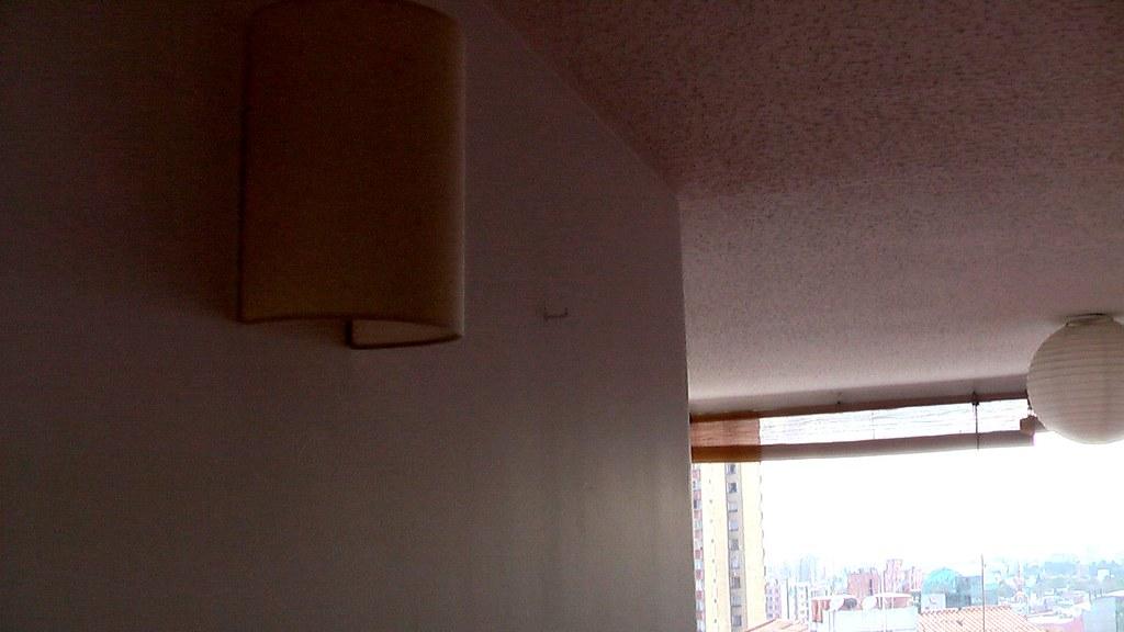 Apliques de pared y techo apartamento para la renta en bog flickr - Apliques para techo ...