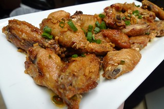 Fried Chicken Wings | by arnold | inuyaki
